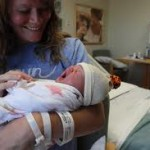 Yeni Doğum Yapmış Anneler