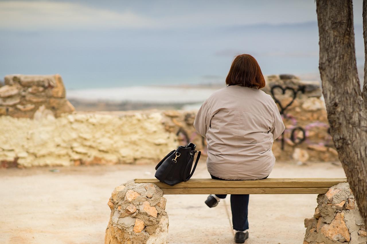 Yalnızlığa hasar