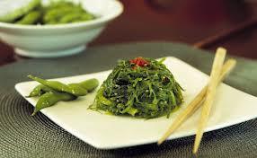 Japon yosun salatasi