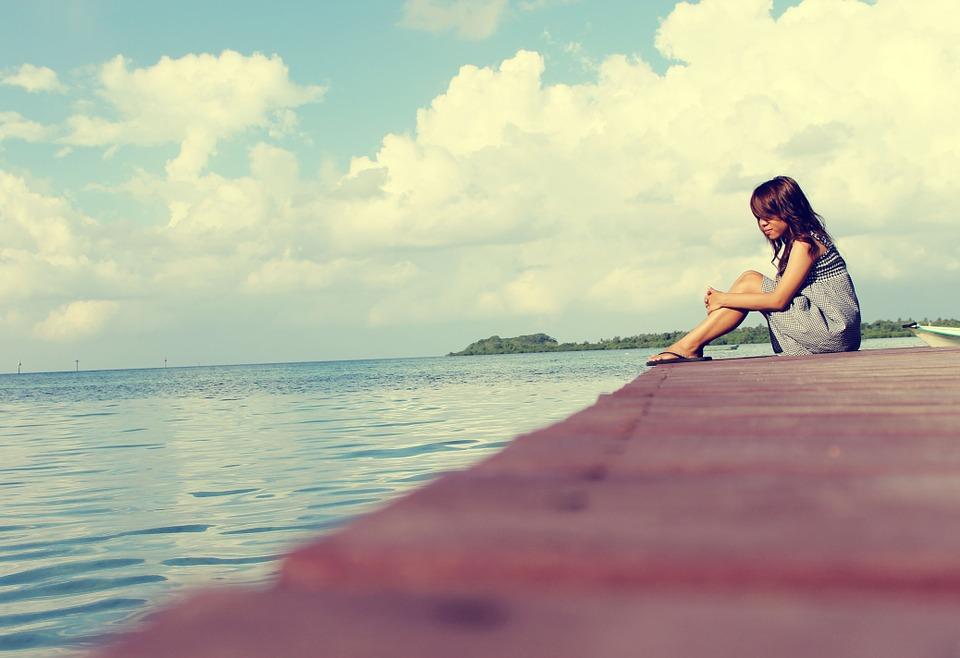 yalnızlık.. yalnız hissetmek.. yalnız olmak.. yalnız kalmak..
