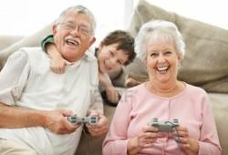 Dedeler de Video Oyunu Oynar!